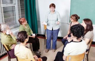 Betroffene in einem Gesprächskreis