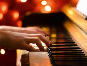 Hände am Klavier, Klaviermusik