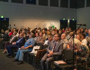 Sicht auf Publikum des Patiententag 2019 der Rheuma-Liga Berlin