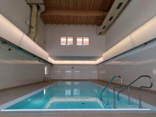 Das Schwimmbecken vom Rheuma-Liga-Berlin-Gesundheitszentrum (Generationenbad)